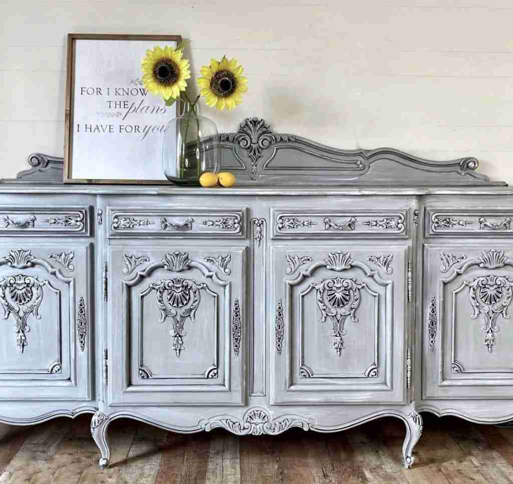 Painted Ornate Buffet Using Wise Owl Chalk Synthesis Paint